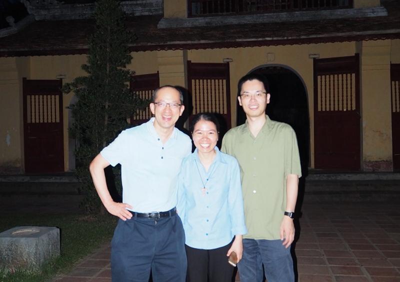 左から、St.Jude 小児研究病院 稲葉寛人 先生、フエ中央病院 キムホア 先生、名古屋大学医学部附属病院 小児科 村松秀城